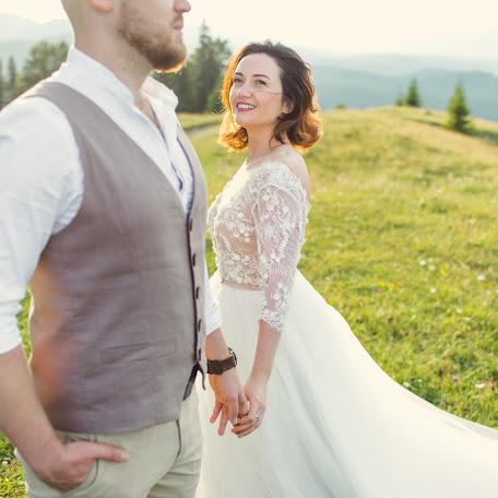 Wedding photographer Kseniya Ivanova (kinolenta). Photo of 11.09.2017
