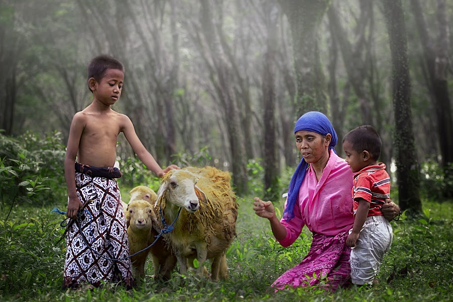 by Rudi Hartawan - People Family