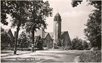 Photo: Pastoor van Ars Kerk aan het Liesbos rond 1940