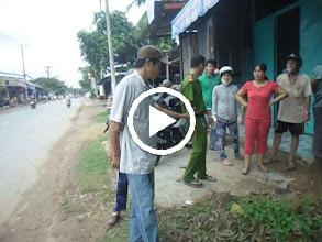 Video: 20/ SAM_0174 Băng Nhóm Giàn Cảnh Làm Nhân Chứng Sai Trái Biển Số Xe 59X1 22417 Và Biển Số Xe Của 02 Du Côn Thuê Mướn 55X1 2312 Ngày 01 06 2013 .AVI