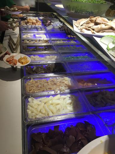 長春店,食材新鮮豐富,服務好,價錢合理