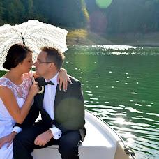 Wedding photographer Razvan Ghindaoanu (ghindaoanu). Photo of 01.03.2014