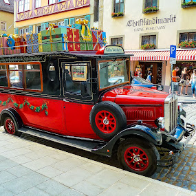 Rottenburg Germany Käthe Wohlfahrt Truck by Norma Brandsberg - Public Holidays Christmas ( photograph, family friendly, store, best place to visit, truck, www.elegantfinephotography.com, christmas, old town, kathe wohlfahrt, photo, norma brandsberg, photography, historic, charming, vacation, rottenburg germany, village, photo tour, christmas tree, town, christmas ornaments, famous christmas store, trip report, Christmas, card, Santa, Santa Claus, holiday, holidays, season, Advent,  )