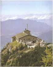 Photo: La Casa Kehlstein ( Nido del Aguila). Alemania http://www.viajesenfamilia.it/