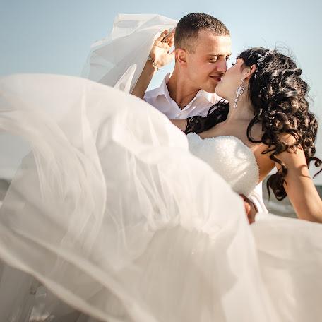 Wedding photographer Anastasiya Radenko (AnastasyRadenko). Photo of 26.08.2017