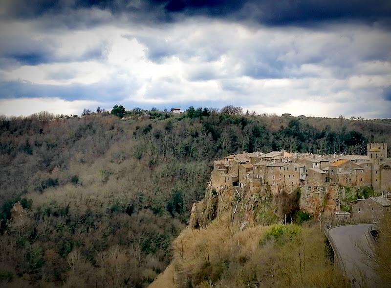 Borgo di Calcata Vecchia di Kamone