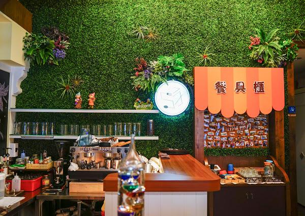 森林木屋風小店!有溫度的手作料理-柒五叁咖啡館