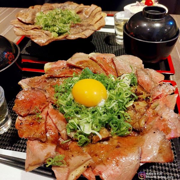 丼fun日式燒肉丼 :中山站浮誇系美食,肉多到看不到飯啦~~