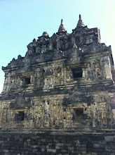 Photo: Candi Sari.  Yogyakarta, Indonesia.  Enero 2014.