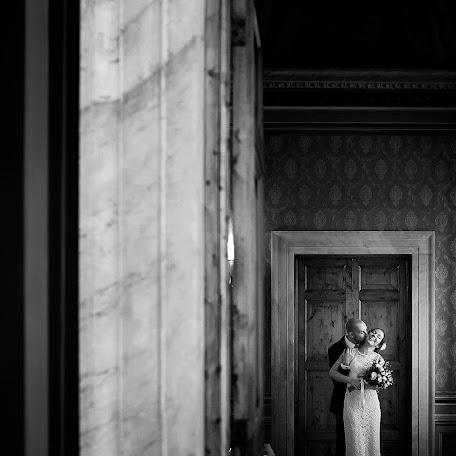 Wedding photographer Marco Cammertoni (MARCOCAMMERTONI). Photo of 13.12.2017