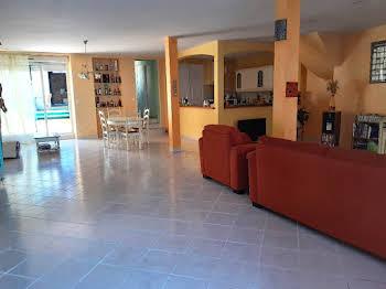 Maison 5 pièces 192 m2