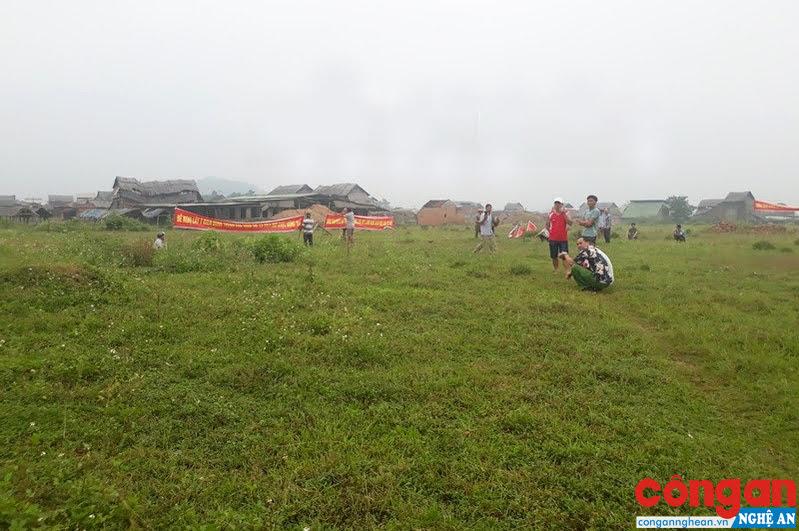 Thành viên HTX phản đối việc xây dựng Nhà máy gạch công nghệ cao tại làng nghề Ngói Cừa