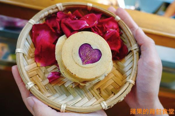 花香紅豆餅 女人心海底針 戀戀199 新鮮原汁原味玫瑰花 野薑花 顛覆傳統的創新口味 新竹美食
