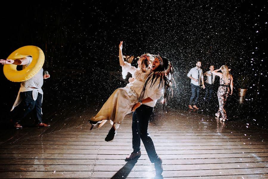 Wedding photographer Rodrigo Borthagaray (rodribm). Photo of 06.05.2019
