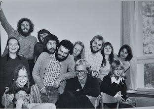 Photo: SHB Seminar SoS 1974 Weyer Charly Berghäuser; Maren Krohn; Fritz Everding; Marlene Utke.; Waltraud Rech; Maria Lay; Rolf Rühl; Susanne Osterhof; Joe Karbach; Benno Prauß; Willi Hildebrandt; Norbert Haack; Gisela Rüger.
