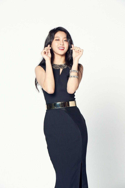 seolhyun black 4