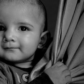 Boy by Arun Kumar - Black & White Portraits & People ( look, black and white, black white, adorable, smile, cute, boy, portrait )