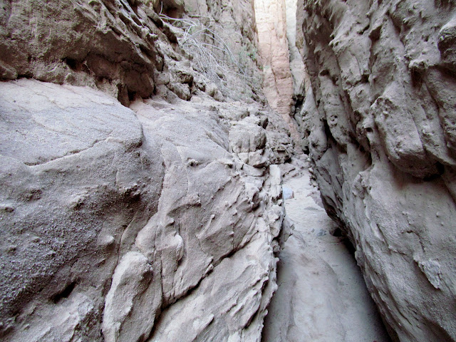 Entering the slot canyon fork of Painted Canyon