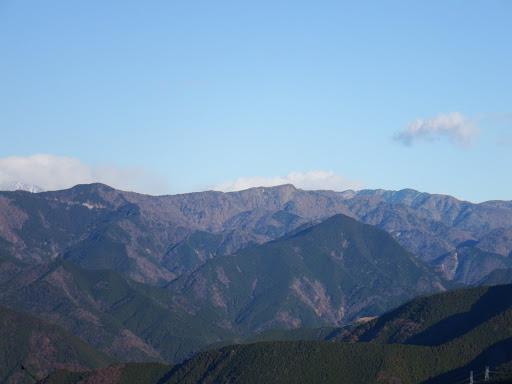 笹山(中央奥)