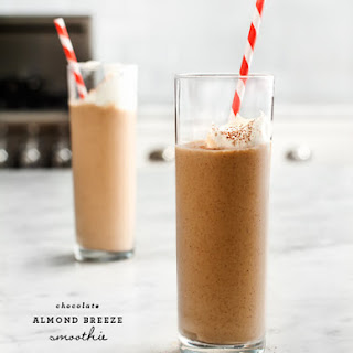 Chocolate Almond Breeze Smoothie.