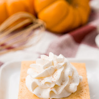 Pumpkin Amaretto Cheesecake Bars