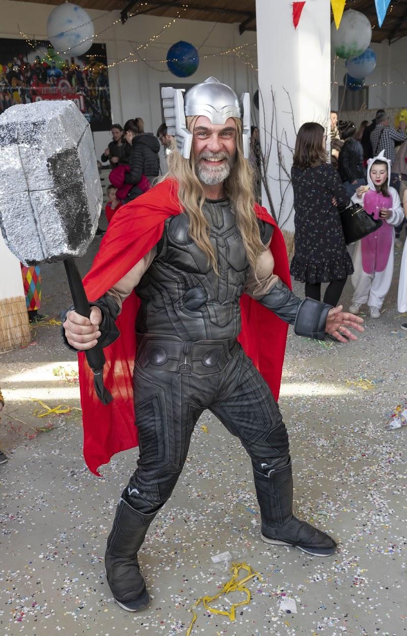 Thor! di Modna