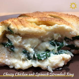 Cheesy Chicken and Spinach Stromboli Ring.