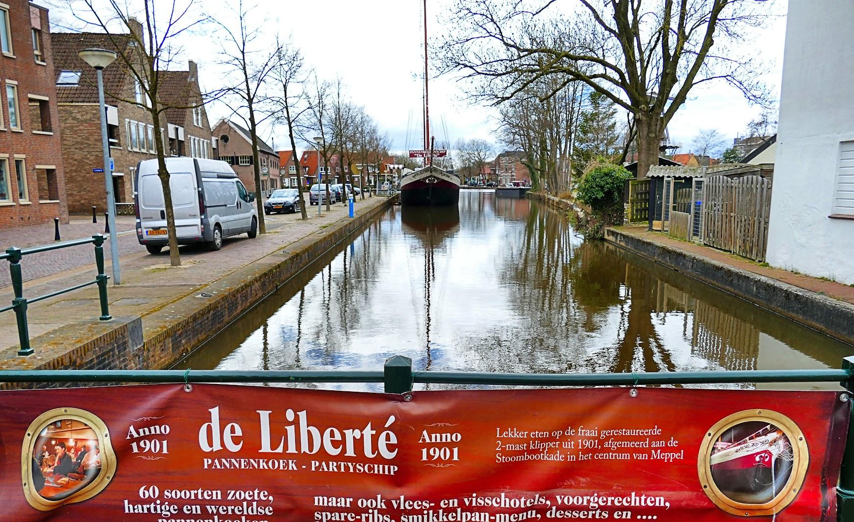 Aangeboden door: Stichting Microtoerisme InZicht Fotoblog Meppel Stoomboot haven Liberté pannenkoek restaurant