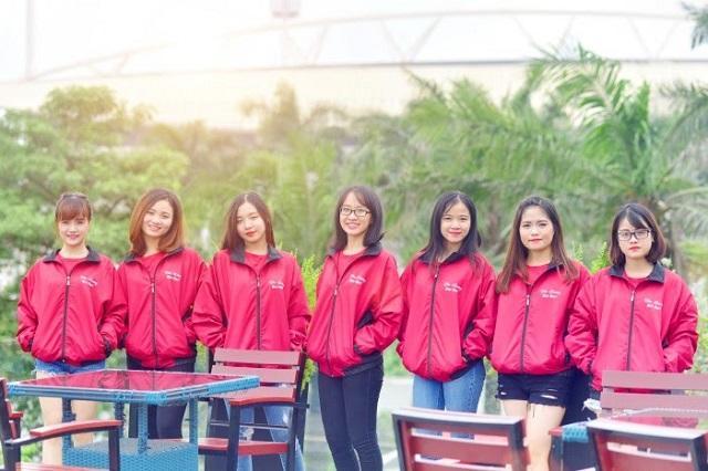 May áo gió đồng phục giúp đảm bảo sự đồng bộ về trang phục trong 4 mùa cho các nhân viên và học sinh