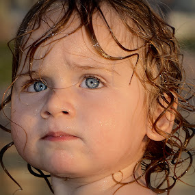 by PATT LULUQUISIN - Babies & Children Child Portraits