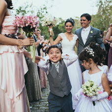 Wedding photographer Renato Nascimento (renatonascimen). Photo of 10.02.2014