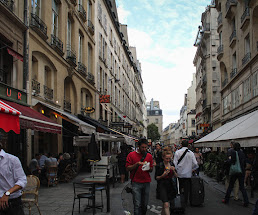 Wine and dine in Saint Germain