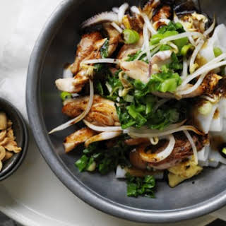 Stir-fried Rice Noodles With Chicken And Squid.