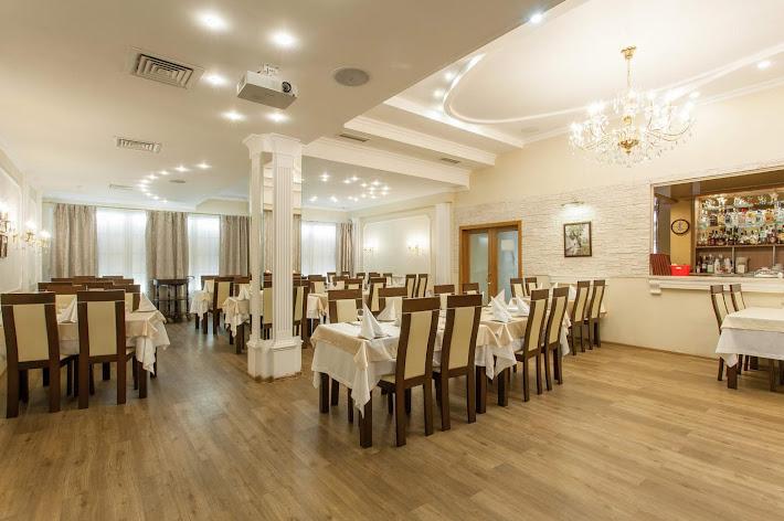 Фото №10 зала Ресторан «Времена года»