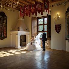 Wedding photographer Nika Nikonenko (NIKA444). Photo of 05.12.2016