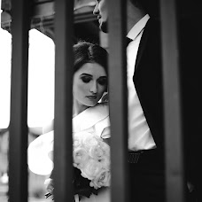 Wedding photographer Zhenya Istinova (MrsNobody). Photo of 25.10.2017