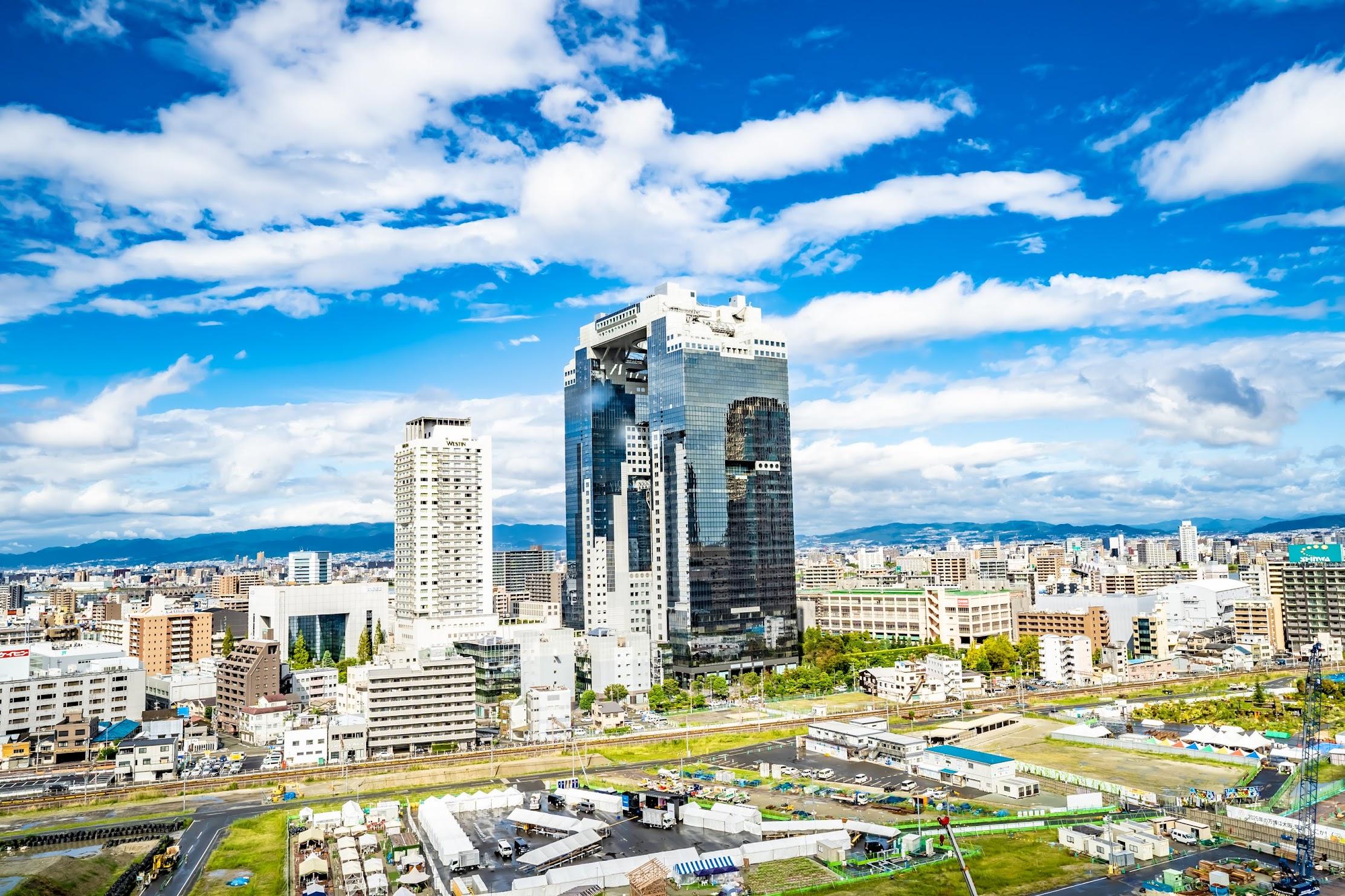 Osaka Station City Kaze-no-hiroba Plaza4