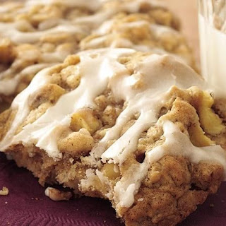 Apple-Spice-Oatmeal Cookies.