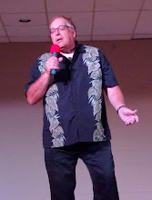 "Photo: Walter Mishalkowsky sings ""100 Pounds of Clay"" 30Sep16"