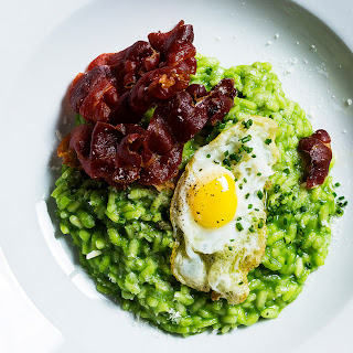 Pea Risotto with Fried Quail Eggs and Ham