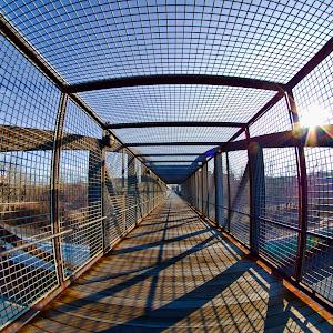 trainbridge.jpg