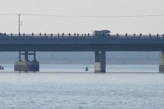 Photo: Rügenbrücke und Rügendamm mit Heringsangler