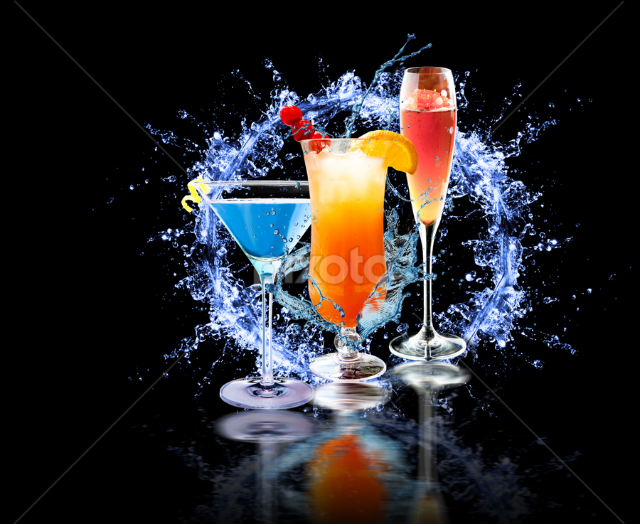 Cocktails party by Miroslav Potic - Food & Drink Alcohol & Drinks ( water, jack rose, koktel, splash, martinez, alcohol, martini, drink, old fashioned, cocktail, boulevardier, manhattan )