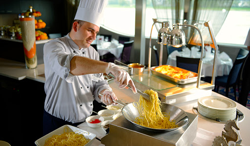 Avalon-Illumination-buffet - Avalon Illumination's daily lunch buffet features a pasta and carving station with complimentary soft drinks.