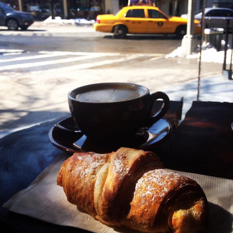 Life happens, coffee helps di BabiBk