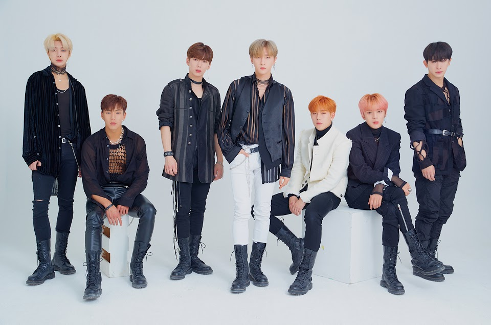 Monsta-X-cr-starship-entertainment-billboard-1548