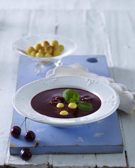 Cherry Soup with Semolina Dumplings