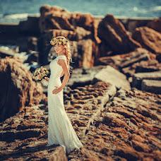 Wedding photographer Anna Vikhastaya (AnnaVihastaya). Photo of 08.01.2015