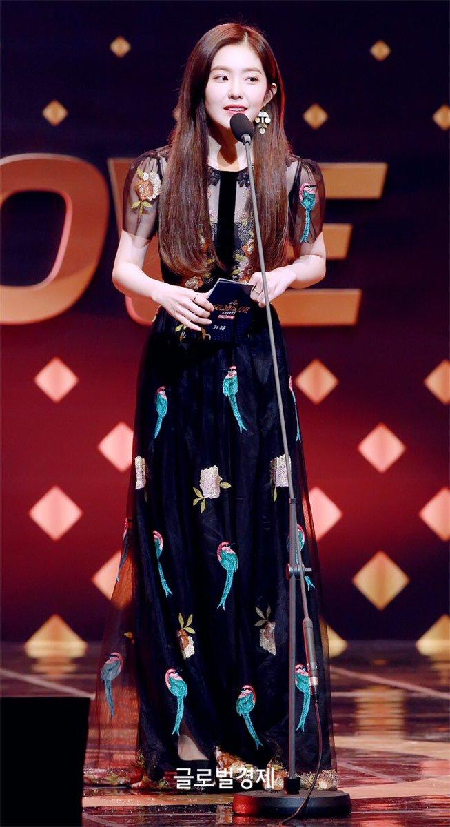 irene gown 26
