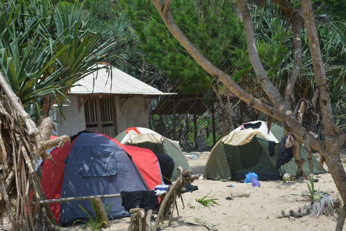 Kumpulan tenda